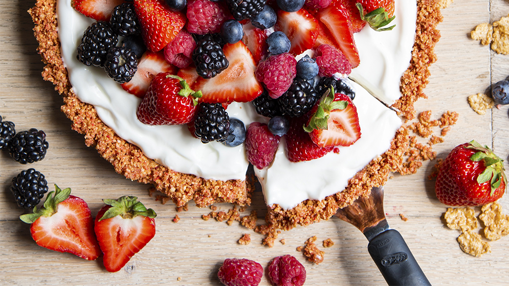 No Bake Yogurt Cereal Tart with Light And Fit Original Greek Vanilla